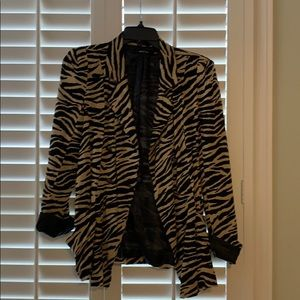 Zebra print tan lightweight blazer summer airy M